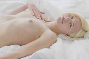 X-Art Model Izzy
