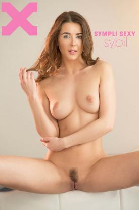 Sybil in Sympli Sexy Sybil